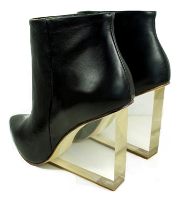 choies-invisible-wedge-heel-boots-black-transparent-maison-martin-margiela-hm-knockoffs