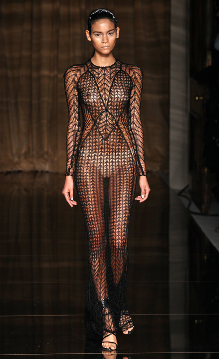julien-macdonald-spring-summer-2014