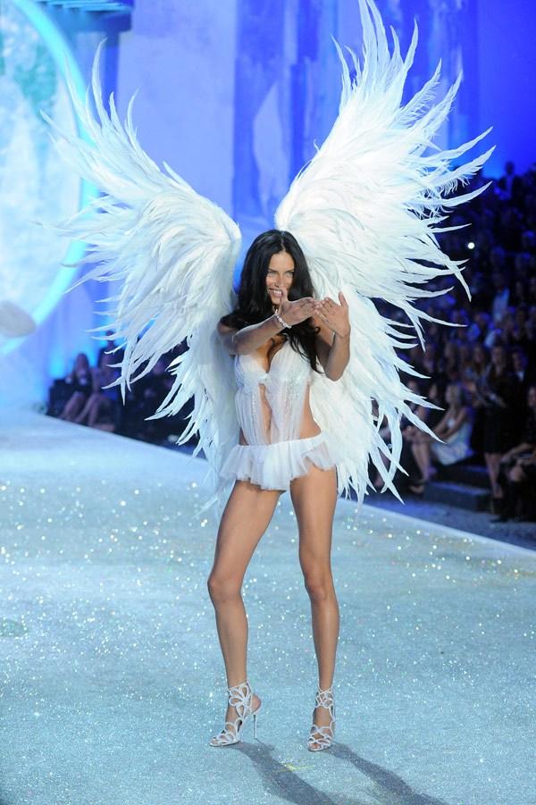 victoria-secret-fashion-show-gallery-4