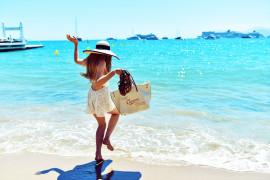 На чемоданах: 10 вещей для комфортного отпуска