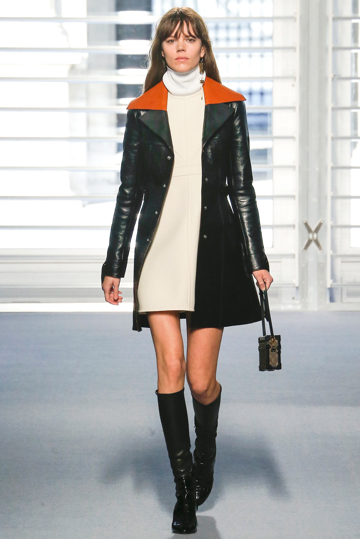 Louis-Vuitton-Fall-Winter-2014-2015-Wardrobe-Looks-For-Women-1