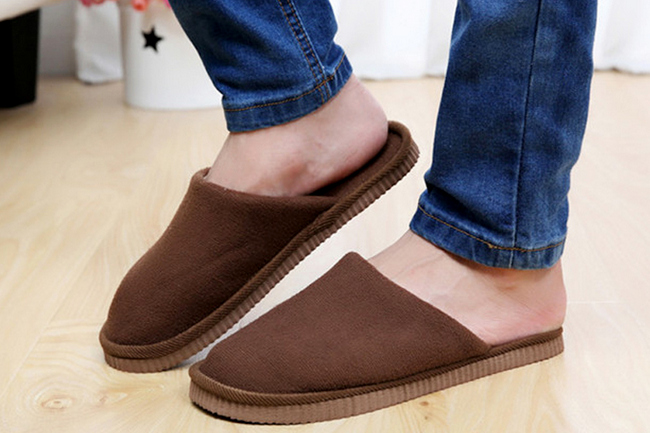 men-home-footwear-2